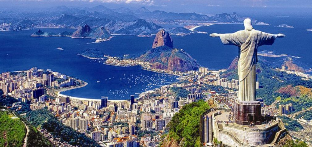 Бразилия: Нет  аутсорсингу и повышению пенсионного возраста!