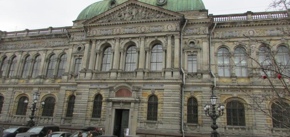 Академия Штиглица: бакалавры без лавров