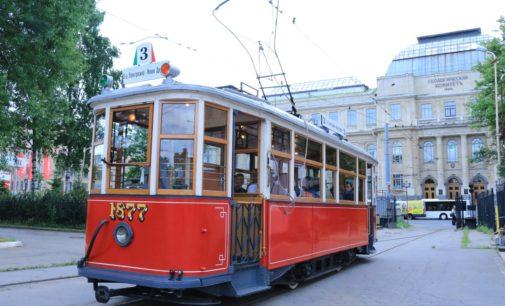 Второй век петербургского трамвая