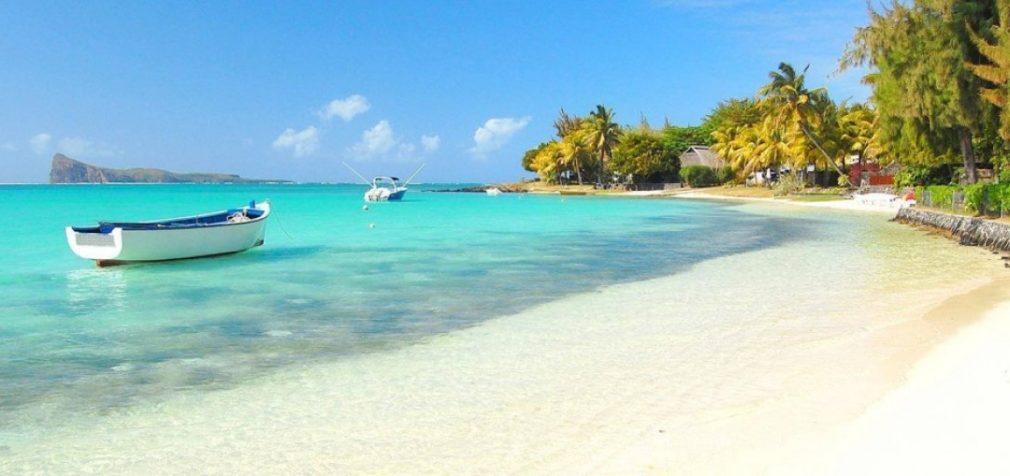 Маврикий: профсоюзы защитили школьных уборщиц