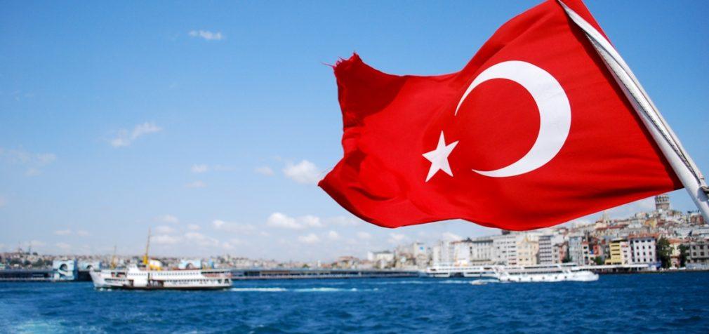 Турция: 130 тысяч рабочих лишили права на забастовку
