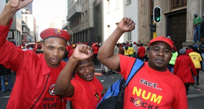 Южная Африка: горняки под угрозой