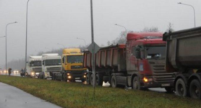 Ленинградская область ремонтирует дороги и мосты
