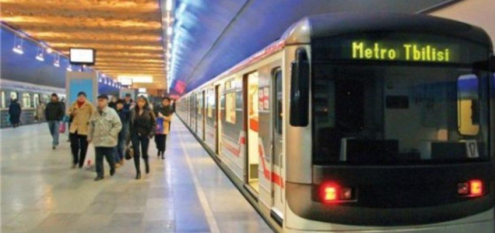 Грузия: машинисты метро завершили забастовку