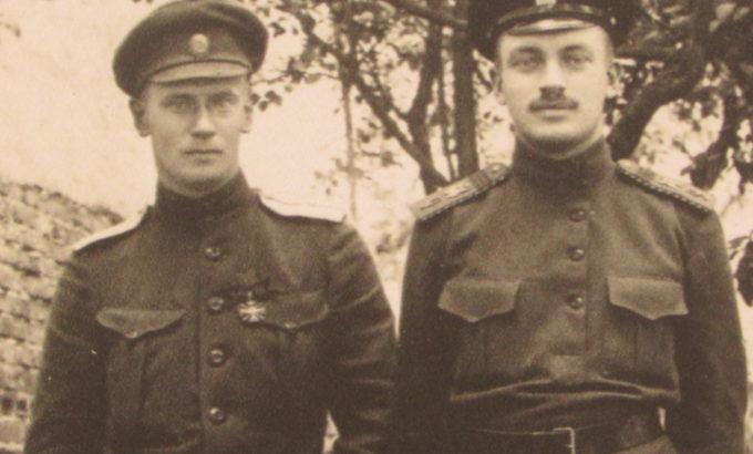 прапорщики Альберт и Георгий Пфундт