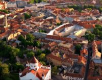 Литва: бастующих учителей лишили страховки