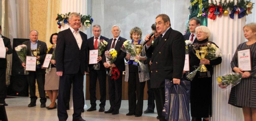 Дипломы и кубки – победителям спартакиад!