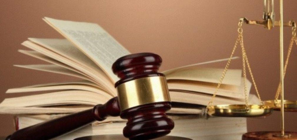 Незаконно уволенного профлидера восстановили на работе