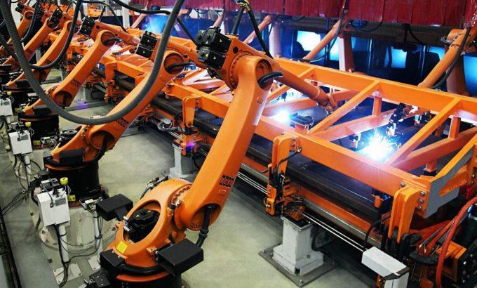 Роботы строят вагоны (фото пресс-службы ТВСЗ)