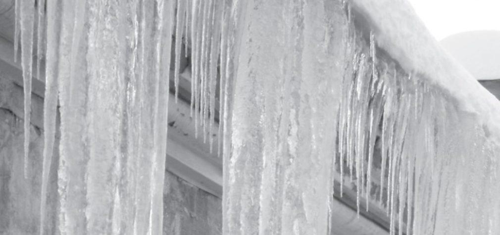 «Холодный чердак» защитит дом от сосулек