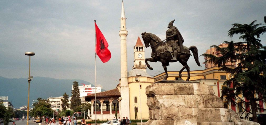 Албания: инициатива профсоюза стала законом