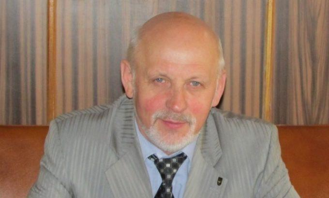 Александр Миронов.