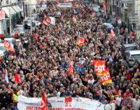 Франция: правительство готово к уступкам