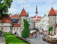 Эстония: «Скорую помощь» кормят бесплатно