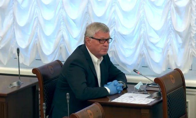 Владимир Дербин на заседании правительства