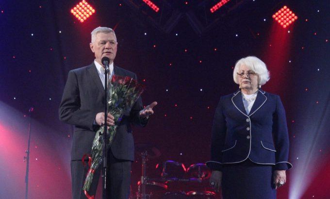 Владимир Дербин и Нина Леонтьева на сцене БКЗ