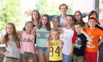Петербургское лето: смогут ли отдохнуть дети тех, кто трудится?